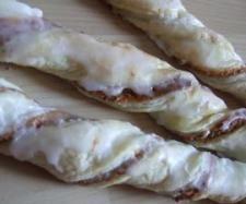 Rezept Blätterteigstangen - EINFACH LECKER von Caro TM31 - Rezept der Kategorie Backen süß