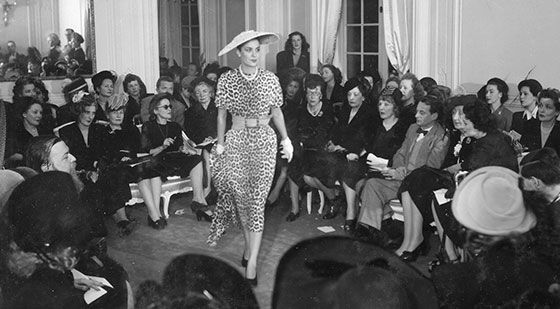 Christian Dior timeline http://www.dior.com/couture/en_gb/the-house-of-dior/the-story-of-dior/the-new-look-revolution