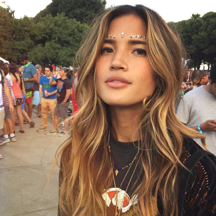 "Rachel Barnes Horowitz on Instagram: "" #rockytakeslolla #lollapalooza #bling"""