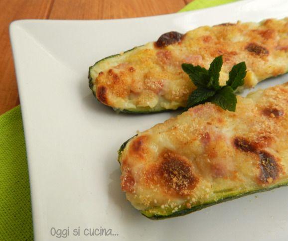 Zucchine ripiene di patate e mozzarella |Oggi si cucina