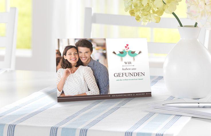 Wähle aus über 1600 Designs und Veredelungen mit fühlbarem Effektlack und Highlights in Gold oder Silber für Deine Einladungskarten von CEWE: http://www.onlinefotoservice.de/fotogrusskarten.html