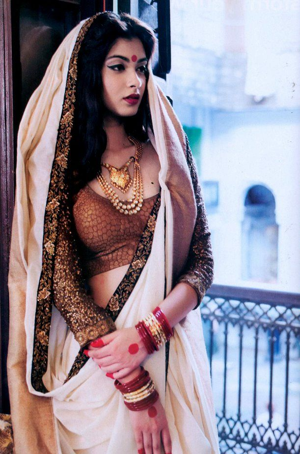 "'For the Love of #Sabyasachi' @ @HiBlitz #Magazine...The Bengali Bahu's (Diana Penty here) styling was gorgeous beyond gorgeous."""" http://www.sabyasachi.com/ via @Alisha Chaudhri"