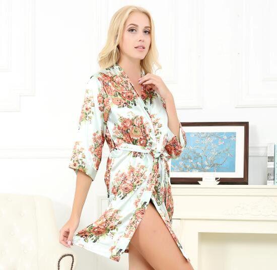 MR & MRS RIGHT Satin Floral Wedding Robe Sexy Bridal Nightgown Bride Kimono Bridesmaid Pajamas Party Gift Silk Robe Bathrobe SD1