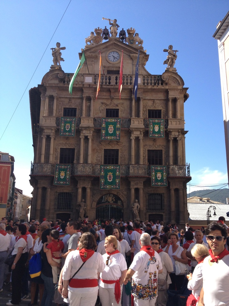 pamplona single guys Guys ahead stumbled, sprawled on top of each other, scrabbed to get up people trampled over them san fermín, first bishop of pamplona, who was beheaded in.