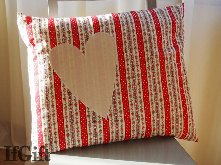duża poduszka z sercem w IfGift na DaWanda.com