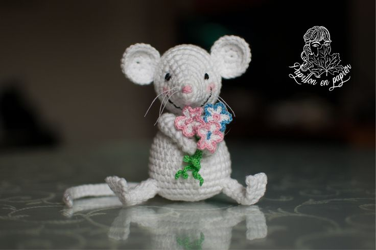 Freddie the mouse. By Papillon en Papier https://goo.gl/xP5m7H