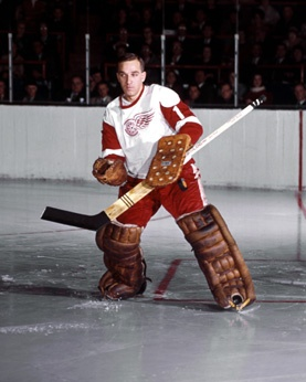 Detroit Red Wings - Roger Crozier