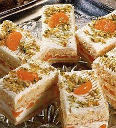 Řezy se smetanovým krémem a mandarinkami