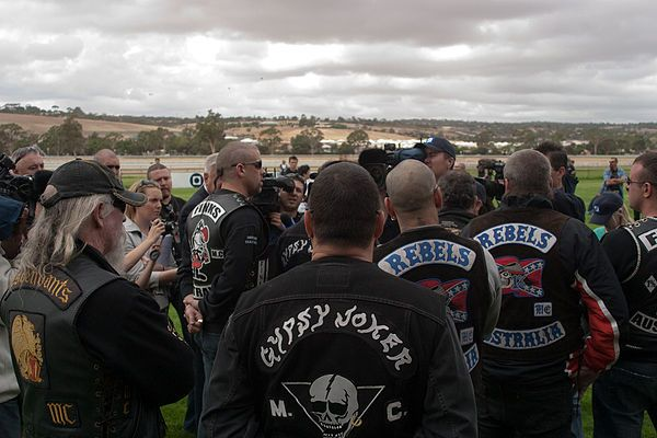 Outlaw motorcycle club - Wikipedia, the free encyclopedia http://www.custom-choppers-guide.com/biker-gangs.html     ...... GS:  books with gangs and territories   ..... BOOKS WITH GANGS http://www.goodreads.com/shelf/show/gangs  Best Dystopian and Post-Apocalyptic Fiction  http://www.goodreads.com/list/show/47.Best_Dystopian_and_Post_Apocalyptic_Fiction#4981