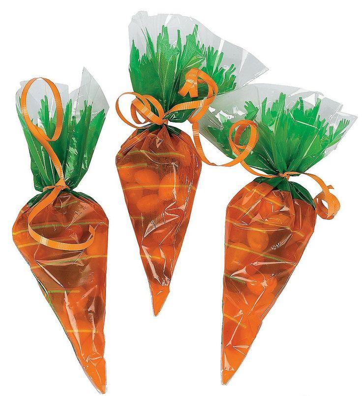 Cellophane carrotshaped goody bags 1 dozen