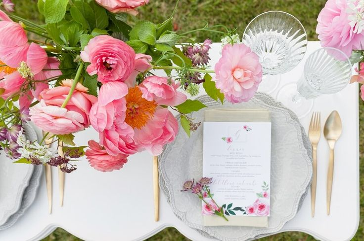 soft pinks blush and coral wedding centerpiece flowers as featured on eventsource Style Shoot: A '60s Italian Summer Wedding