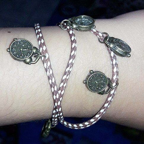 Waaaa fallin' in love banget sama gelang buatan sendiri yg satu ini ...  #bracelet #diy #handmade #creation #lovable by rinriamelani