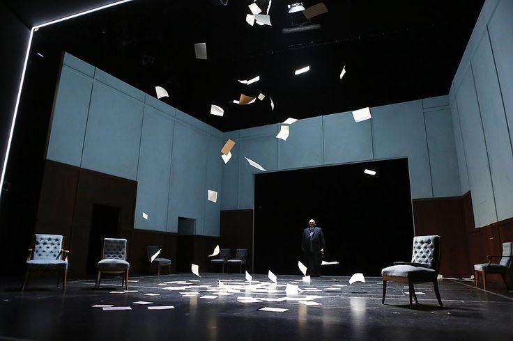 Buddenbrooks / Peter Hailer / Oldenburgisches Staatstheater