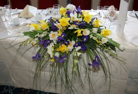 Daffodils In Flower Arrangements Long And Low Waterfall
