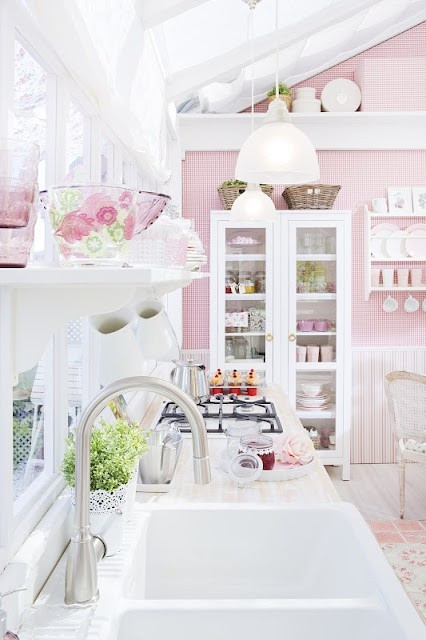 "(Original as re-pinned) The sweetest shabby chic kitchen. ""Dear Lord Jesus, if you love me you'll let me have this gorgeous pink kitchen"" Heheheee!"