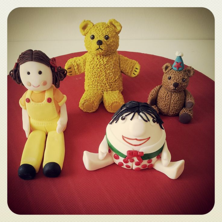 Play School cake - Fondant Figurines Cake Topper - Jemima, Big Ted, Little Ted and Humpty - Lola Pola Designs (Facebook)