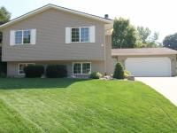 http://www.fsbohomes.com/homes/cedar-rapids/ia/details/109828/3497-raven-lane-ne/ - Very nice L-foyer split level home with mature trees located on a quiet cul-de-sac in a great NE side neighborhood.  This home has been well cared for and updated throughout the years to maintain the quality one would expect.  Recent updates include vinyl siding, windows, entry doors, garage door, and high efficiency air conditioner.