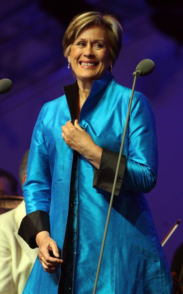 Kiri Te Kanawa Photos: Dame Kiri Te Kanawa Performs During Tower Festival    Kiri Te Kanawa (born 6 March 1944) - http://en.wikipedia.org/wiki/Kiri_Te_Kanawa