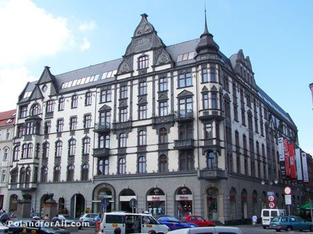 Hotel Monopol is Located in the centre of Katowice, the 5-star