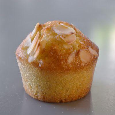 Privé de dessert!!!: Mini muffins poire & amandes