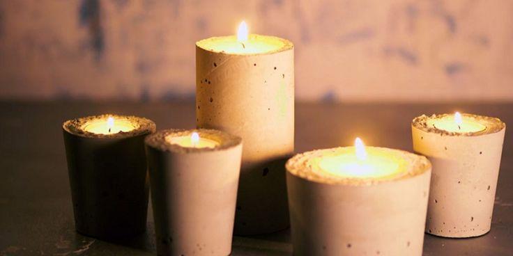 Nu het buiten vroeg donker wordt en de temperaturen dalen, is het (gelukkig) weer tijd voor kaarsen in huis. Een mooie stompkaars op die kandelaar, fijne lichtjes op de schouw óf deze leuke superleuke kaarsenhouder van cement op tafel. Ze zien eruit alsof ze zo uit die hippe winkel komen, maar je kunt ze heel…