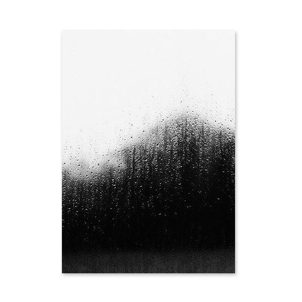 RK Designin Raindrops-julisteessa näkyy tumma maisema sadepisaroiden täplittämän ikkunan takana. Valokuvaaja Riikka Kantinkosken ottama hämyisä kuva on painettu paksulle mattapintaiselle paperiarkille, jonka koko on 330 x 483 mm.