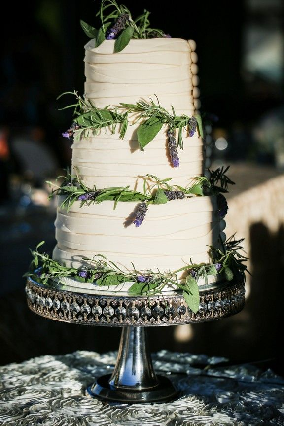 18 best images about Wedding Cake Hayley on Pinterest ...