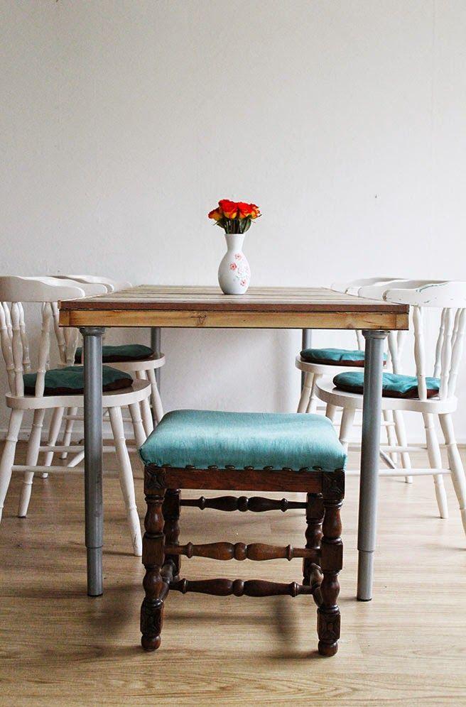 Τραπέζι απο παλέτες και παλιά πόρτα!