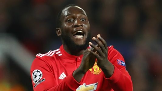 After Pogba benching will Lukaku be next? Neville sees Alexis problem for Man Utd striker