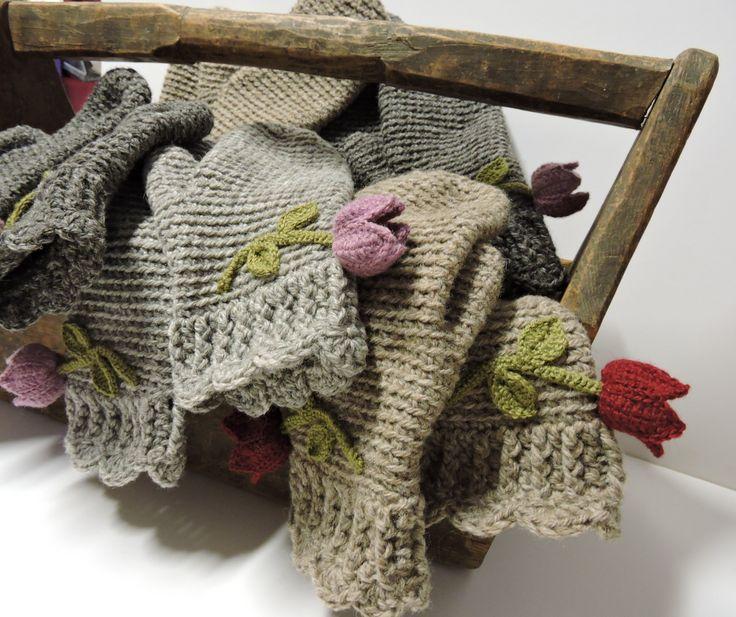 woolly mittens, natural Finn wool