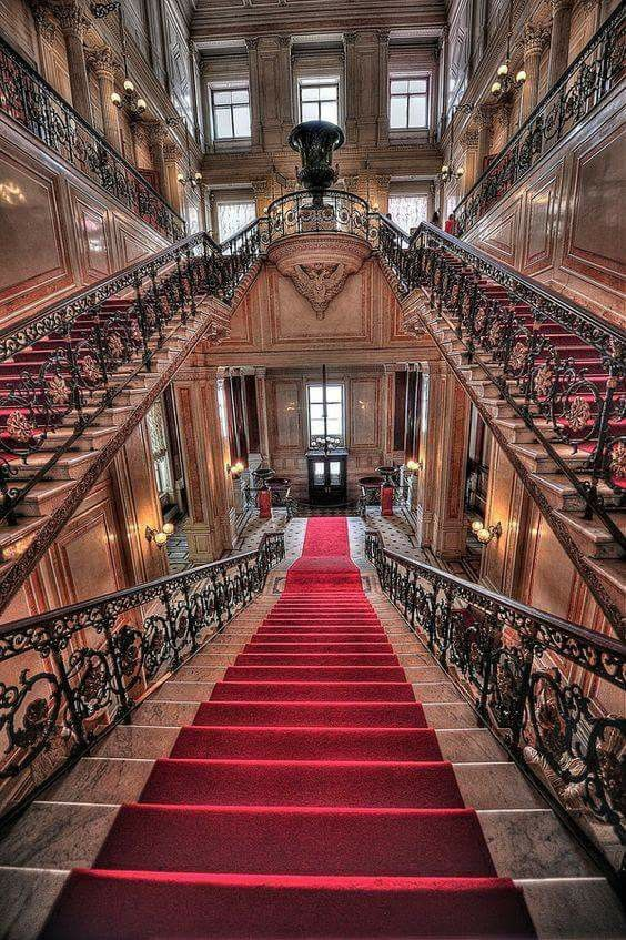 Staircase of the Hermitage - Saint Petersburg | Russia Photo source : 56th Parallel - tours in Russia | www.56thparallel.com