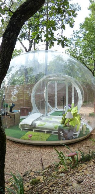 In einer Seifenblase, unter Wasser, ohne Dach über dem Kopf: 10 außergewöhnliche Hotelbetten weltweit! http://www.travelbook.de/welt/Die-10-aussergewoehnlichsten-Hotelbetten-der-Welt-527799.html