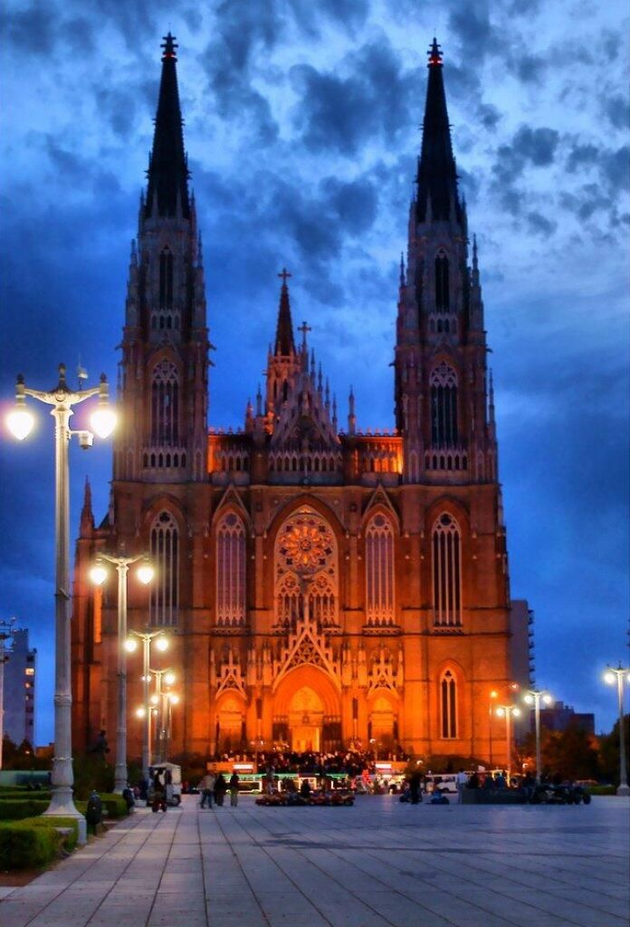 Catedral de La Plata. Pcia. de Buenos Aires
