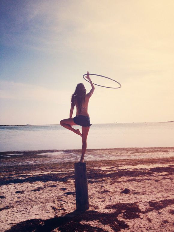 Hula Hooping Tips and Benefits. For those who still think hooping means spinning a circle around your waist like a 6 year old