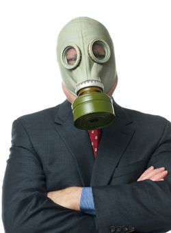 When warmer weather brings unwanted odors into the office...here's how to handle it professionally: How to Handle Stinky Coworkers and Other Office Offenders | CareerBliss.com