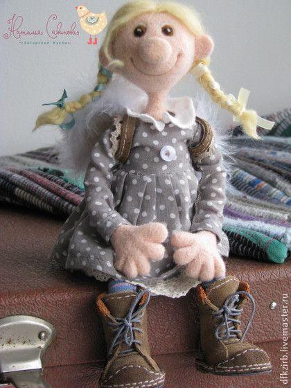 Маруся - кукла ручной работы,из шерсти,валяная игрушка,валяние из шерсти