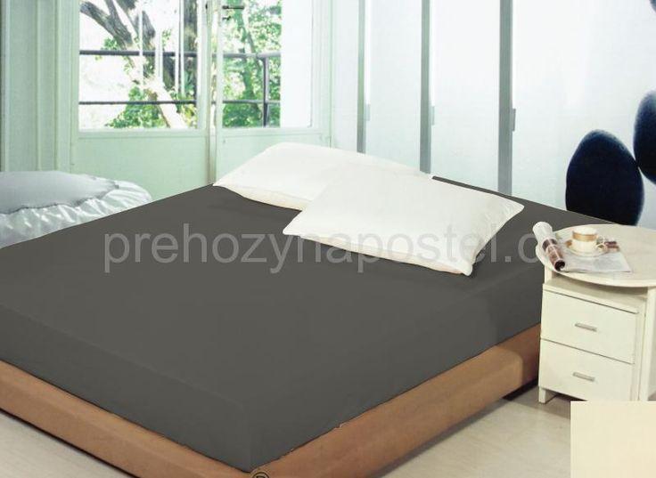 Tmavě šedé ložní prostěradlo na postel