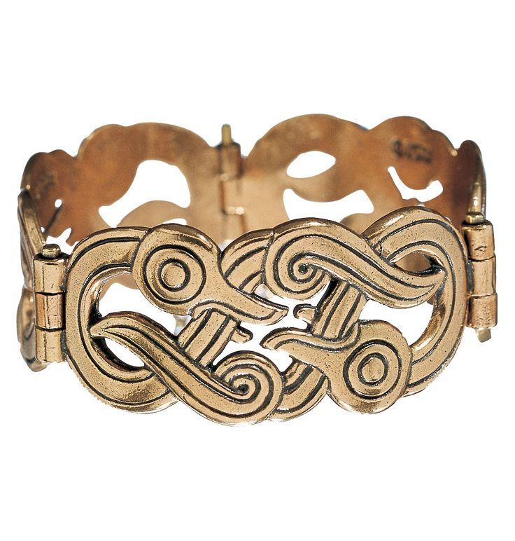 Kalevala Koru / Kalevala Jewelry / IKU-TURSO BRACELET Designer: Germund Paaer material: bronze or silver