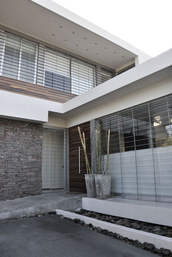 Martínez House  #Arquitectura #Architecture #Disenio #Design http://vanguardaarchitects.com/what-we-do.php?sec=house&project=41