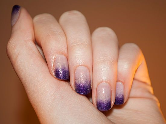 4 Ways to Do Dip Dye/Ombre/Gradient Nails - wikiHow