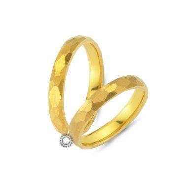 Παραδοσιακές γαμήλιες βέρες CHRILIA 22 σφυρήλατες σε ματ φινίρισμα και κίτρινο χρώμα | Κοσμηματοπωλείο ΤΣΑΛΔΑΡΗΣ στο Χαλάνδρι #βερες #γάμου #wedding #rings #Chrilia