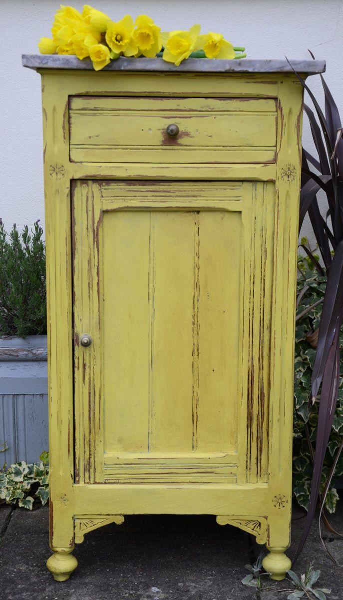 Yellow Distressed Furniture &KL82 – Roccommunity