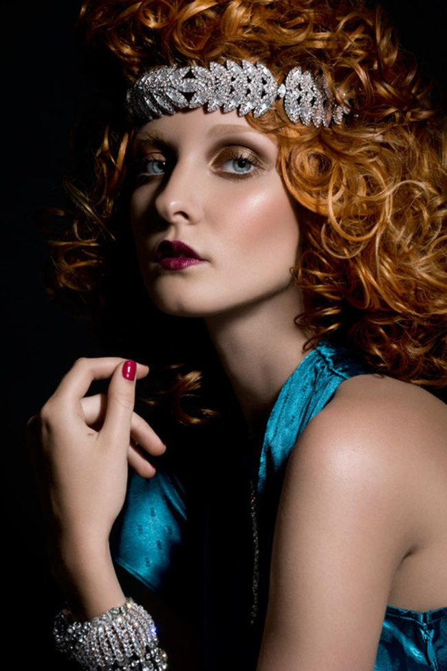 flapper hairstyles for curly hair - 600×694
