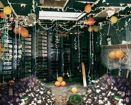 WhatsApp Server Room. Best whatsapp server issues memes