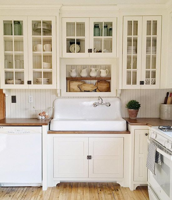 Old Farmhouse Kitchen Sinks: Best 25+ Old Farmhouses Ideas On Pinterest