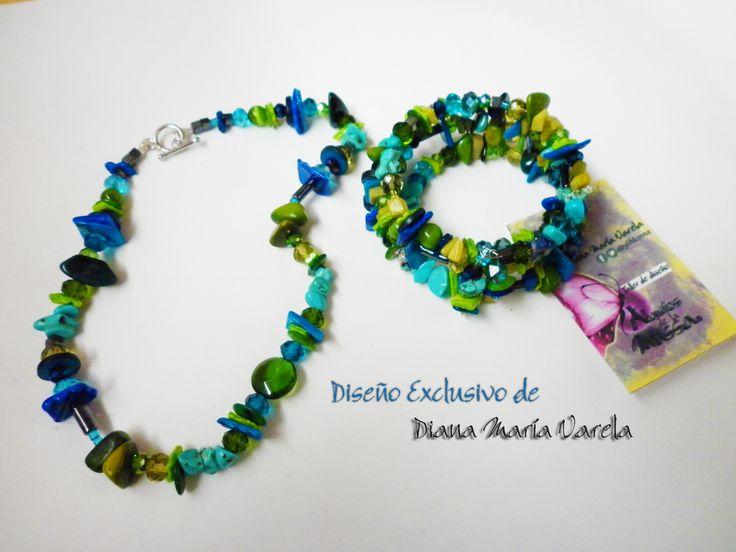 Colección Camaleón 2015 Diseño exclusivo en Tonalidades azul oscuro/azul turquesa/verde Materiales; piedras semipreciosas,cristal de murano,cristal,tagua,coco, cochas,nacar,chaquiras ,herrajes en plata