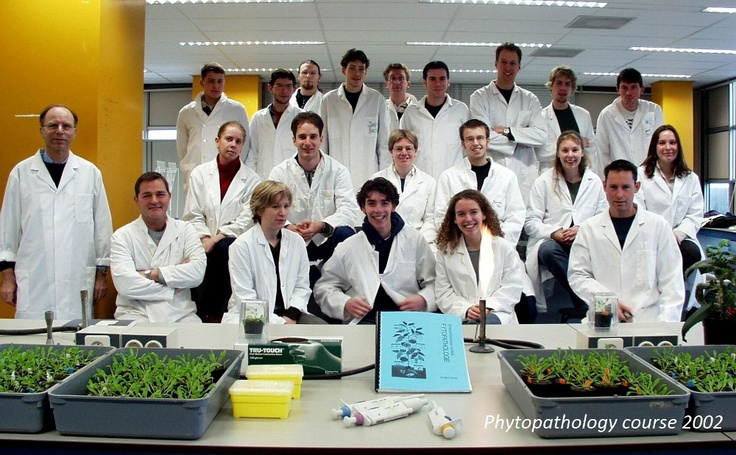 Huidige cursus plantenziektes Utrecht University - cursus phytopathology 2002