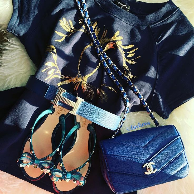 Cant wait to wear this #bleu #beauty ... its a nice double digit weather in Toronto but not warm enough for a #flipflops ... #chanel #valentino #hermes #chanelmini #chaneltee #hermesbelt #valentinojellysandals