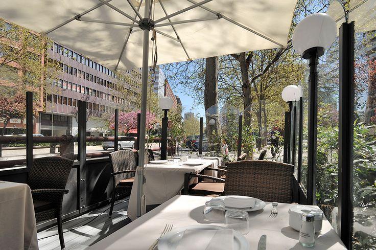 La terraza exterior del Restaurante de La Cantina.