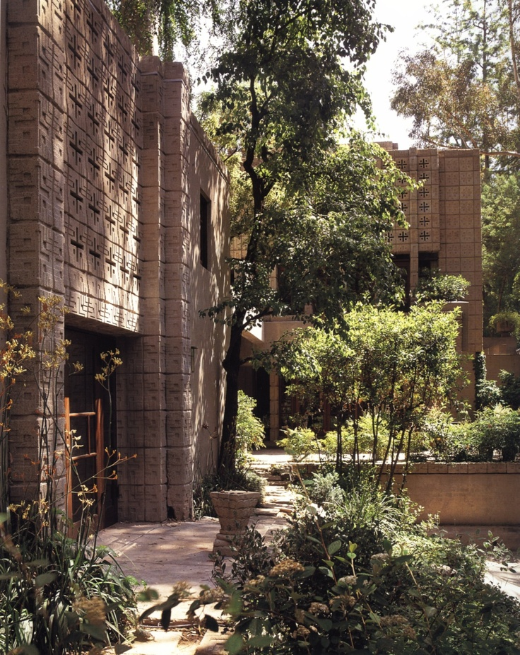 Absolutely Amazing House Designs by Frank Lloyd Wright - Mbantool